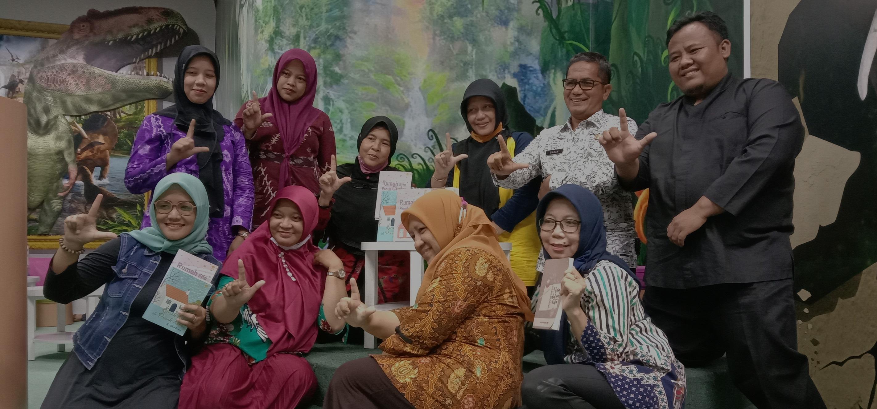 Launching Buku Bersama Perpustakaan Purwakarta